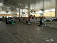 Suasana salah satu pasar di Kota Tashkent