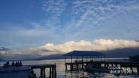 Pemandangan pagi hari dermaga Tanjung Obit
