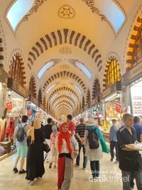 Di spice bazaar