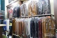 Jaket kulit juga tersedia dengan berbagai pilihan warna