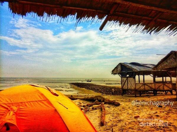 Camping di pantai-kenichapedia.blogspot.com