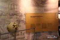 Salah satu dinding pada bagian museum yang menceritakan perjalanan kemerdekaan .