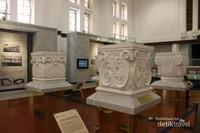 Di sini dijelaskan secara detail perkembangan bangunan Museum dari waktu ke waktu.