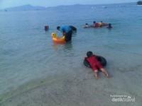 Pantai dekat Bandar Lampung