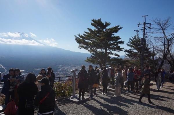 Menikmati indahnya Gunung Fuji dari puncak Mount Tenjo