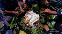 Tradisi Lokal, acara makan bersama Mondulu Dulu