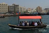 Abra, perahu tradisional Dubai