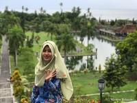 Sekali lagi, aku mulai menikmati view di Taman Ujung Amlapura Karangasem Bali dengan penuh takjub, udara yang segar, pemandangan alam yang masih alami. Penuh syukur mendapat kejutan dari aktivitas