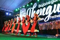 Peserta dari Mancanegara uji kebolehan dalam Pembukaan Bojonegoro Thengul International Folklore Festival (TIFF) 2019