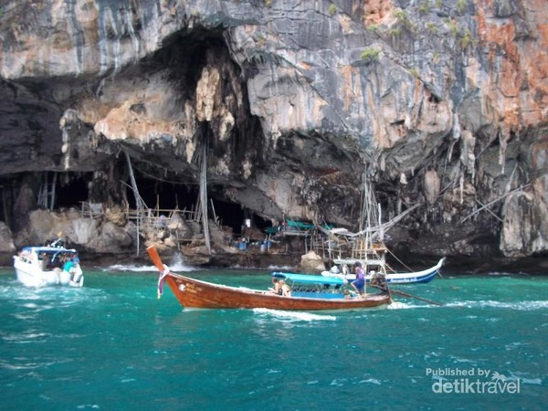 Tebing di Phi Phi Island