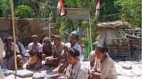 Bagaimana, apakah kalian tertarik untuk berkunjung ke suku Boti?