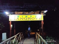Gerbang menuju Bintan Mangrove