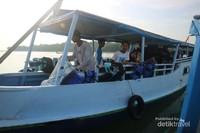 Perjalanan Menggunakan Perahu