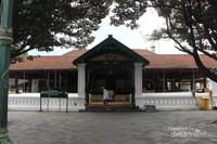Saat ke Kota Gede , jangan lupa untuk singgah di mesjid Agung Kotagede.