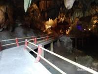 Keadaan di dalam gua