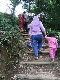 Turun naik tangga yang licin