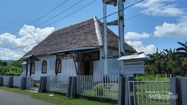 Gereja Tua Immanuel