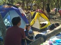 Cobain sensasi camping di Gatra.