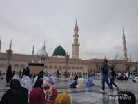 Masjid Nabawi Madinah Al Munawwarah