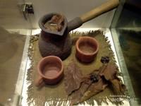 Alat pembuat minuman daun kopi untuk rakyat jelata pada masa kolonial