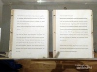 Surat menyurat Multatuli yang ditujukan pada Raja Belanda pada saat itu