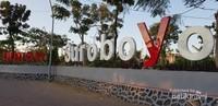 Begitu banyak taman yang disajikan di Surabaya dan menjadi tempat wisata, salah satunya Taman Suroboyo.