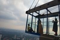 Pengunjung diberikan waktu selama 100 menit untuk berfoto sepuasnya di skybox