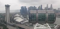 Pemandangan di puncak tertinggi Singapore Flyer
