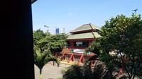 Pemandangan dari lantai dua Masjid Cheng Hoo