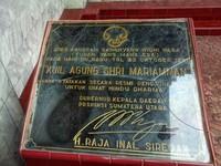 Prasasti Peresmian Kuil oleh Gubernur Sumut