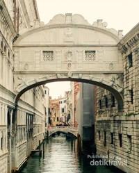Jembatan Bridge of Sighs