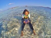 Taka Makassar. Merupakan pasir timbul yang disekelilingnya menyimpan keindahan laut yang luar biasa.