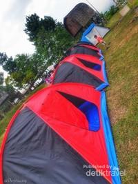 Ingin membawa dan mendirikan Tenda sendiri atau menyewa tenda di lokasi pun tersedia.