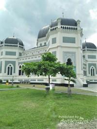 Suasana Masjid