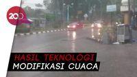 Hujan Deras Guyur Jambi, Asap Masih Mengancam