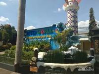 Tempat wisata yang pernah menjadi pemenang Indonesia Sustainable Tourism Award (ISTA) 2018 dari Kementerian Pariwisata ini selalu ramai dikunjungi.