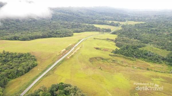 Jalan menuju Bukit Sontiri
