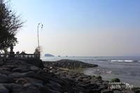 Salah satu sisi Pantai Candidasa, Karangasem, Bali