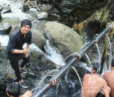Air Panas Pingit, Sensasi Kesegaran di Banjarnegara