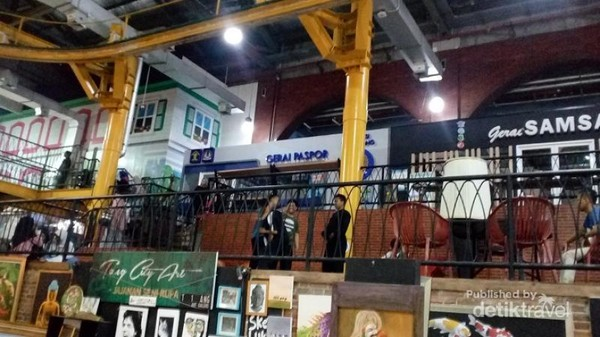 Lokasinya ada di lantai 2 TangCity Mall Tangerang