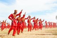 Tari tradisional massal diantaranya Liuk Tengkayu, Yadu Yaki, dan Ayakan. (Iraw Tengkayu/2017)