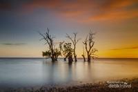 Sunset Pantai Kastela