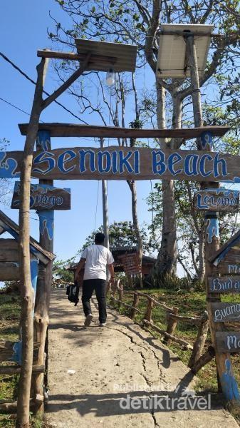Selamat datang di pantai Sendiki
