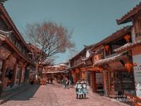 Suasana pemukiman khas tibet
