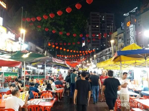 Jalan Alor di Bukit Bintang menjadi surga kuliner Kuala Lumpur