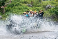 Keseruan Lava Tour Merapi melewati Kali Kuning