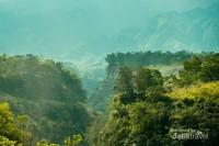 Panorama perbukitan di sekeliling Sungai Gendol, salah satu spot Lava Tour Merapi