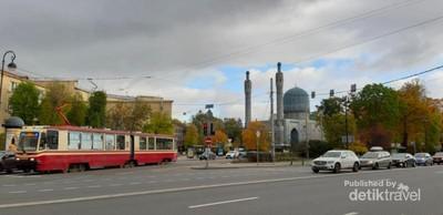 Menuju Masjid Soekarno di Saint Petersburg