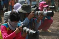 Fotografer dalam dan luar negeri bersiap membidik momen pacu jawi
