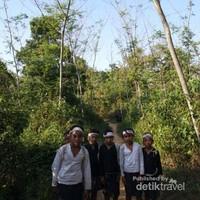 Anak-anak suku Baduy Dalam